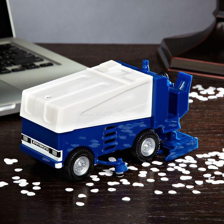 Zamboni desk vacuum - Cool gift for hockey lovers or ice skaters!