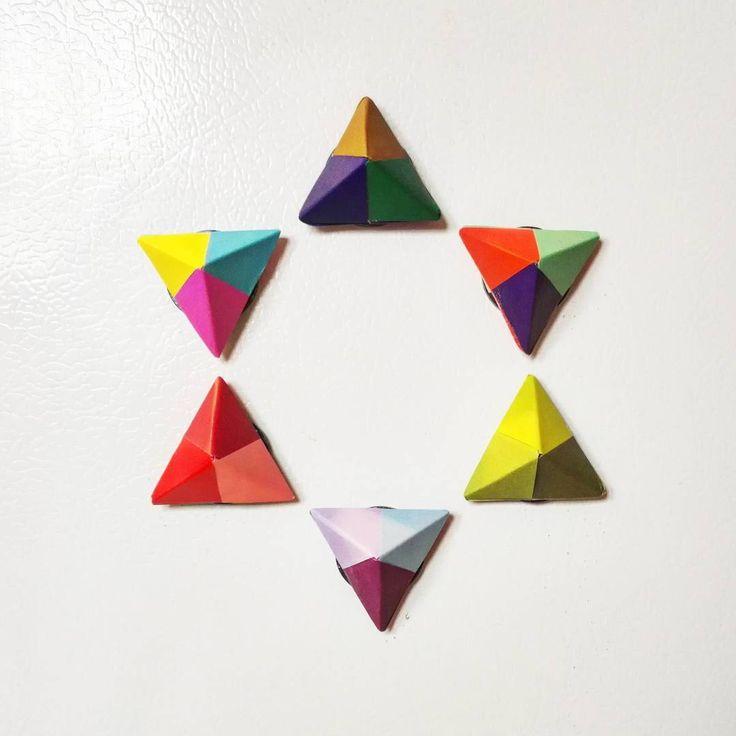 """116 kedvelés, 2 hozzászólás – @paper_after_papers Instagram-bejegyzésének megtekintése: """"Origami magnets! #origami #paper #paperfolding #paperart #magnet #calamite #iman #homedecor #diy…"""""""