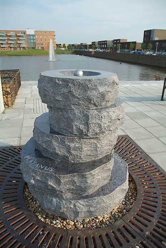 Marinus Boezem, Tussen het Water (2006), Tussen de Vaarten, Almere Stad. © Polle Willemsen, Museum De Paviljoens