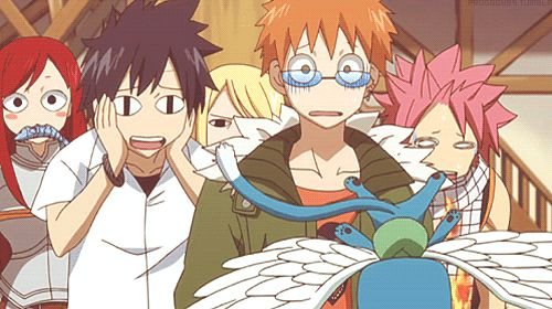 Haha love this episode were they all switch body's! Erza (happy) in the background is hilarious and so is gray (Lucy)