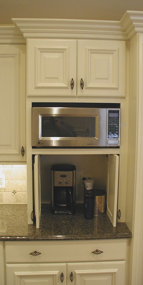 Cute Appliance Garage home remodel Traditional Kitchen Detroit