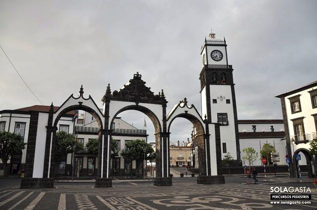 Caminhada em Ponta Delgada (Ponta Delgada – Açores)  Ver mais em: http://solagasta.com/caminhada-em-ponta-delgada-ponta-delgada-acores/