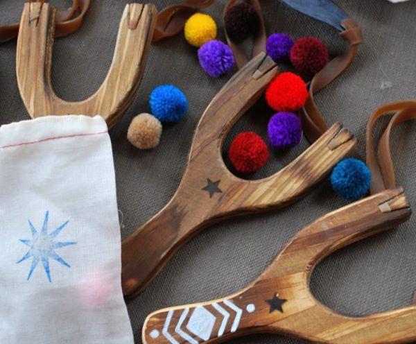 Friday Finds: Wooden Slingshot with Pom Poms - Friday Finds - Honestly... The Honest Company Blog