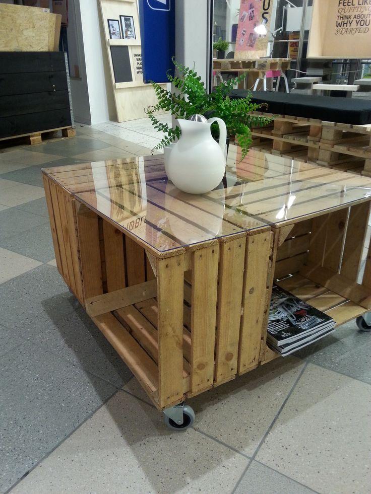Et sofabord af æblekasser - fra butikken i Tilst