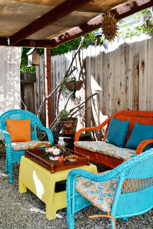 An Easy Patio Update With Vivid, Island Inspired Color