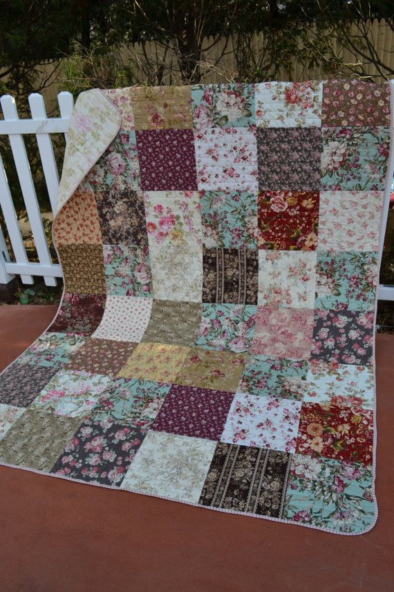 Traditional Hand Quilting Patterns : 17 Best ideas about Country Quilts on Pinterest Patchwork patterns, Baby quilt patterns and ...