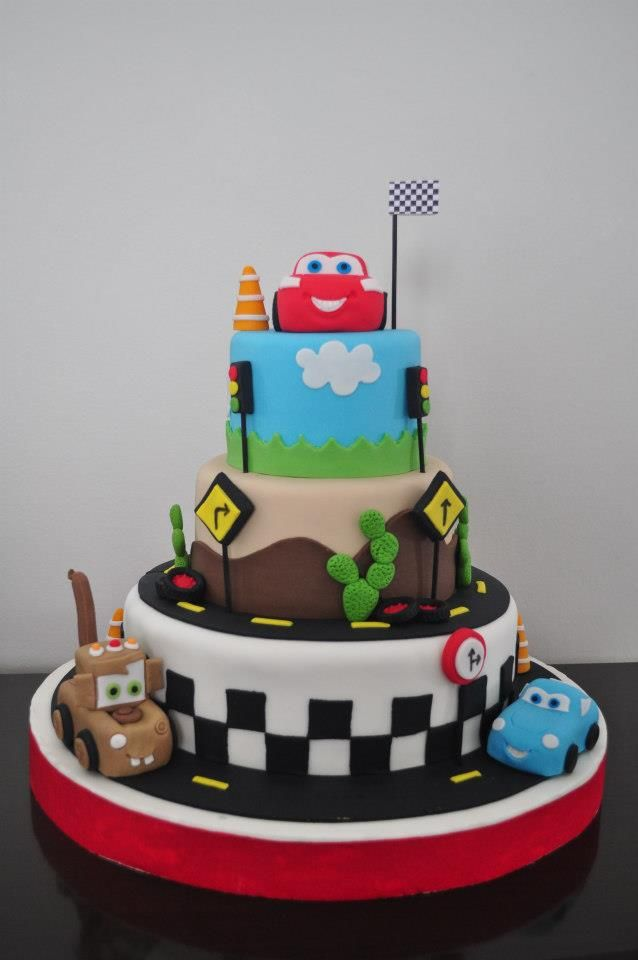 Disney Pixar Cars Cake Design : Disney Cars Cake Cakes & More Pinterest Disney cars ...