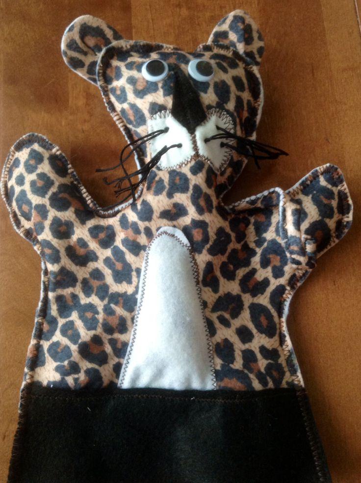 Panther hand puppet Design Sinipellavainen
