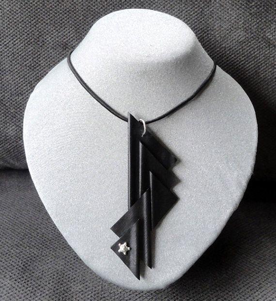 Halsketting met hanger. H.189 van AnnesSierraad op Etsy