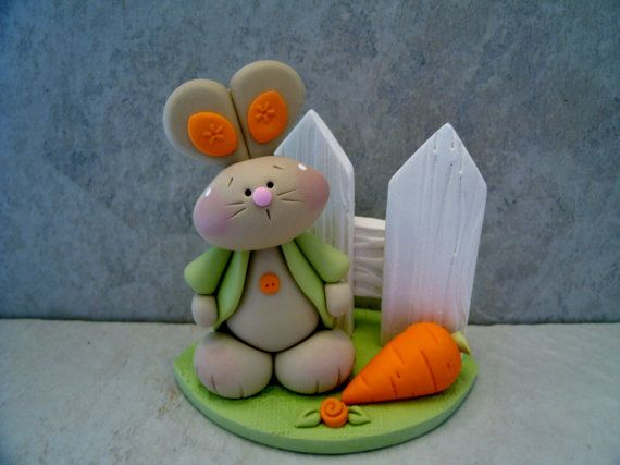 Bunny Carrot Figurine von countrycupboardclay auf Etsy