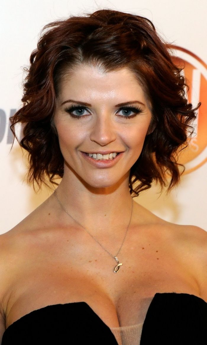 19 best shorter hairstyles images on pinterest | hairstyles, short