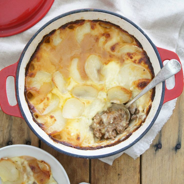 """Mince and Potato Hotpot by debrakay56 - """"Fantastic recipe! Everyone loved it (ages 7, 11, 33, 35, 59, 63)"""" - lee1307"""