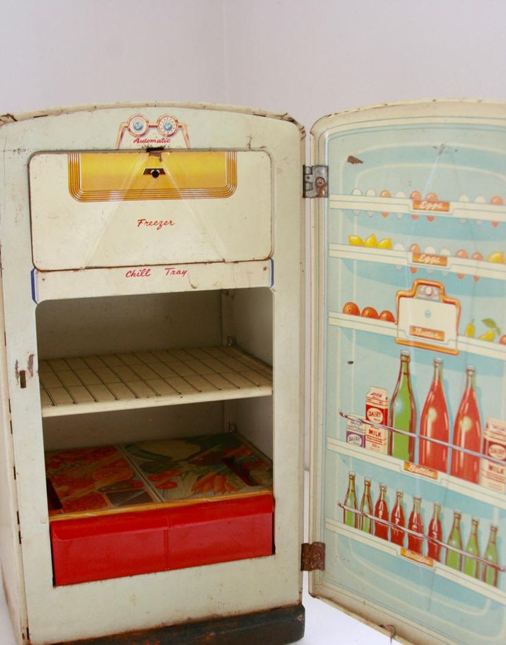 Vintage toy metal refrigerator 1950's by fuzzymama on Etsy