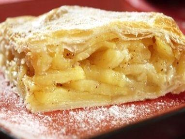 Jablečný koláč s pudinkem Cukr krupice na jablka + na pudink, 3 + 4 lžíce Cukr…