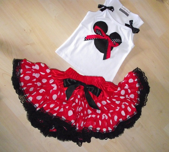 Minnie Mouse with a twist of lace outfit by sharpsissors on Etsy