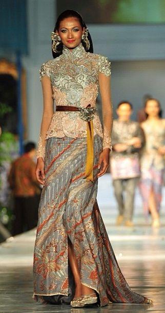 Destination Style: Spotlight International - Jakarta! Anne Avantie - Kebaya