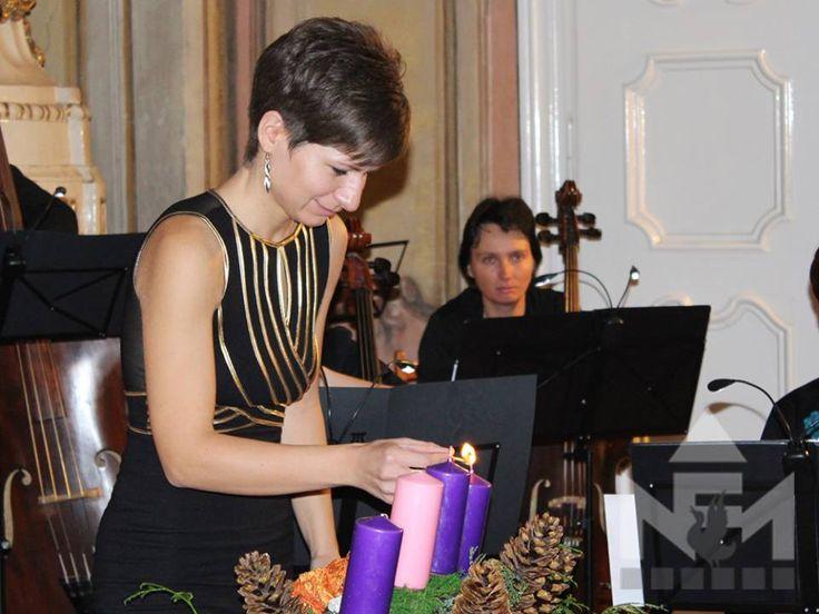 A Sárvári Vonósok adventi koncertje a Nádasdy Ferenc Múzeum dísztermében.