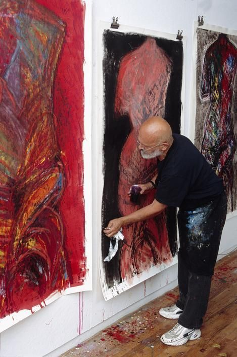 An artist in the process of creating - Jim Dine