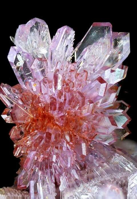 shades of pink - crystals