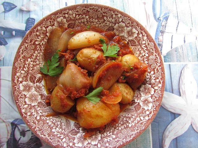 Greckie smaki: Gulasz ziemniaczany z ziołami i melasą
