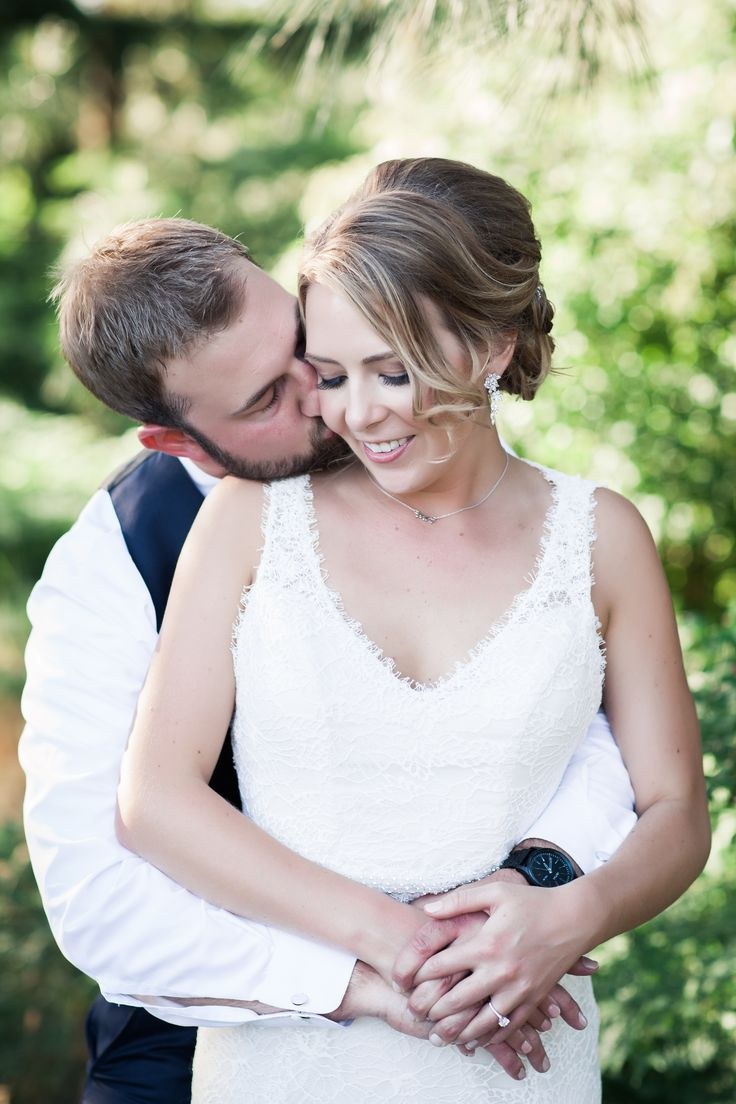 Coral navy rustic wedding at swiftwater cellars cle elum wa hair and make up www salonmaison net pinterest d hair and coral navy