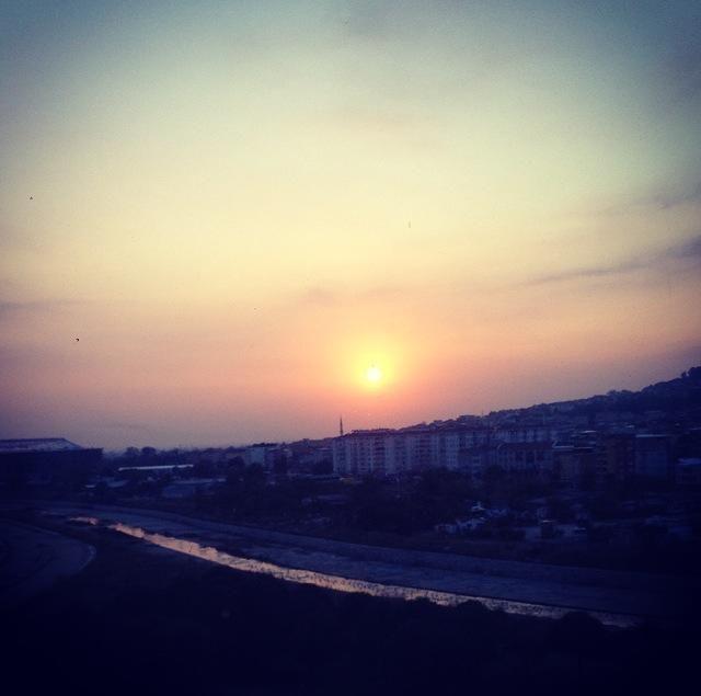 Hello! Did you also see this beautiful sunset last night?  #sheraton #bursa #sheratonbursa #hotel  #sunset #nature #betterwhenshared