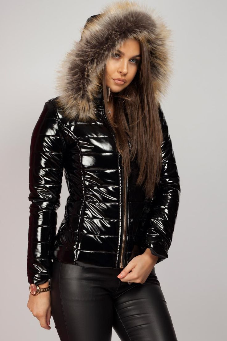 Wet Look Puffer Coat With Faux Fur Hood【2020】