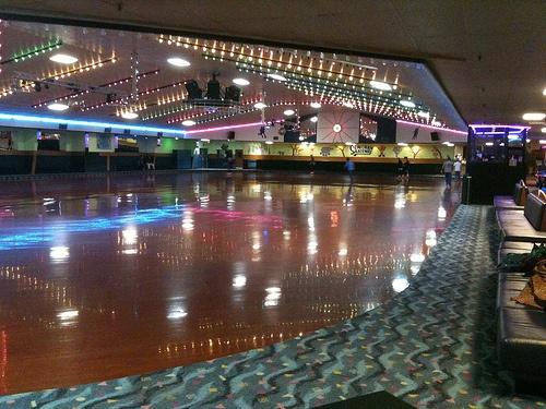 Semoran Skateway - Roller Skating Rink This reminds me of Livonia Roller skating rink in Michigan