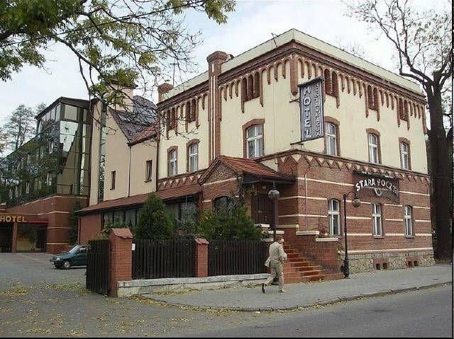 [TYCHY] od A do Z - W XIX w. w tym budynku mieściła się pierwsza poczta w Tychach, obecnie jest tam hotel Stara Poczta - SkyscraperCity
