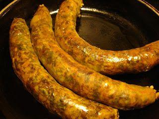 libyan food: Libyan Rice Sausage: Osban عصبان