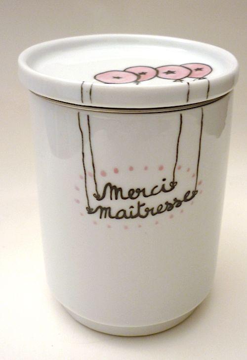 Damned! Il faut un cadeau pour la maîtresse ! Porcelaine personnalisée Judith Leviant