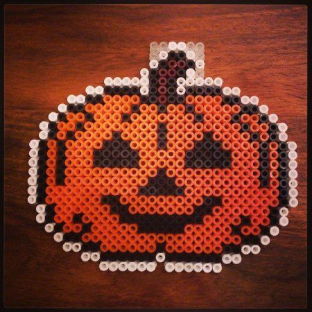 Halloween pumpkin perler beads crafts kids barn pyssel pumpa
