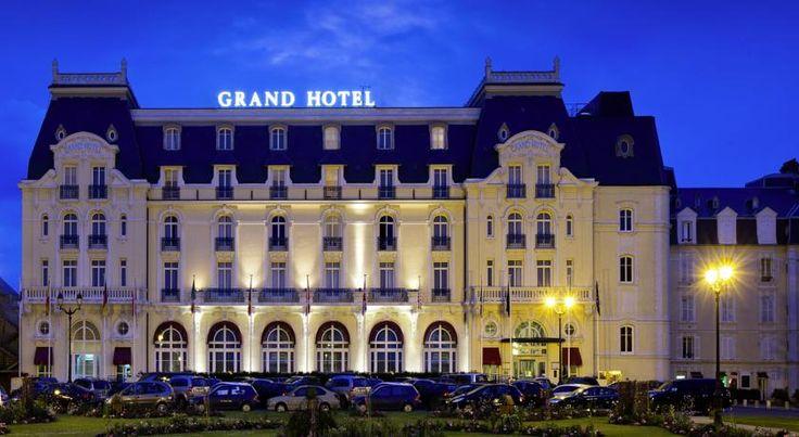 Les 25 meilleures id es de la cat gorie hotel cabourg sur for Chambre 414 grand hotel cabourg