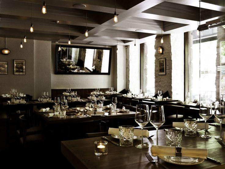 Vähän juhlavammin Boulevard Social osoitteessa Bulevardi 6. Tasting menu maksaa viidenkympin paikkeilla. Täällä ehkä edustetaan. Akustisesti tila on hankala ja suosittu ravintola hälisee, kuten naapurin Toscaninicin. Ruoka on hyvää.
