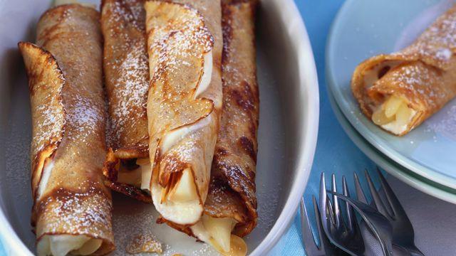 Crêpes châtaigne et fromage frais aux poires