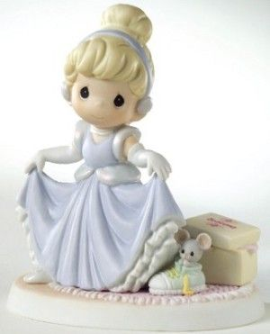 Disney Precious Moments Figurine - A Dream is a Wish Your Heart Makes