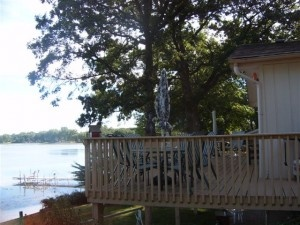 MN Cabin Rental On Clearwater Lake With Bedrooms And Baths