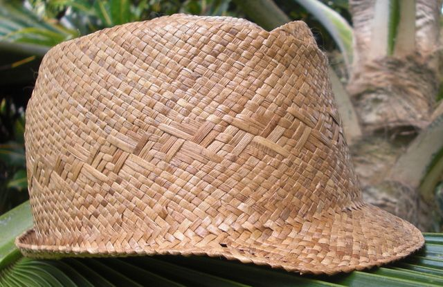 small lauhala cap right