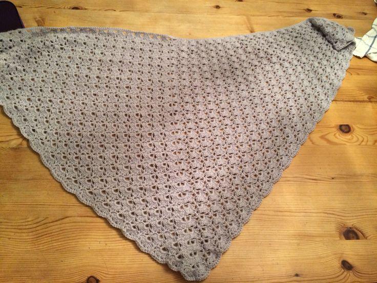 Crochet Chawl i Du Store Alpakka.