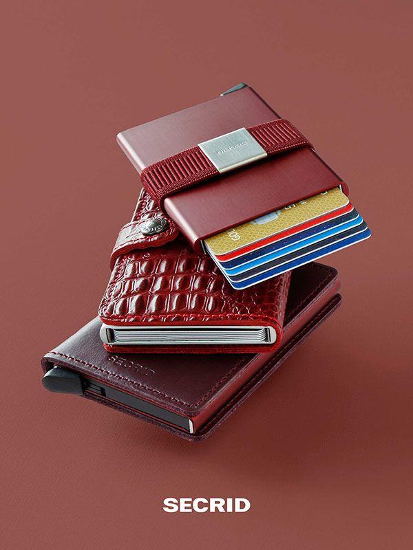 Cardprotector in bordeaux von Secrid - Sicherheit für Kreditkarten - hier im #KONTOR1710