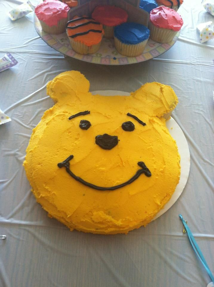 Pooh Cake I made for baby shower...cupcakes Tigger, Piglet, Eeyore colors