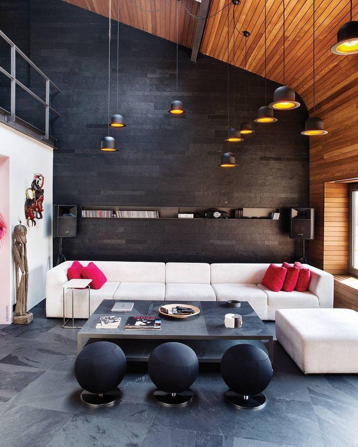 Prendete spunto per arredare il vostro loft. Il contrasto ra legno e metallo fa sempre da padrone e non potrete sbagliarvi!!