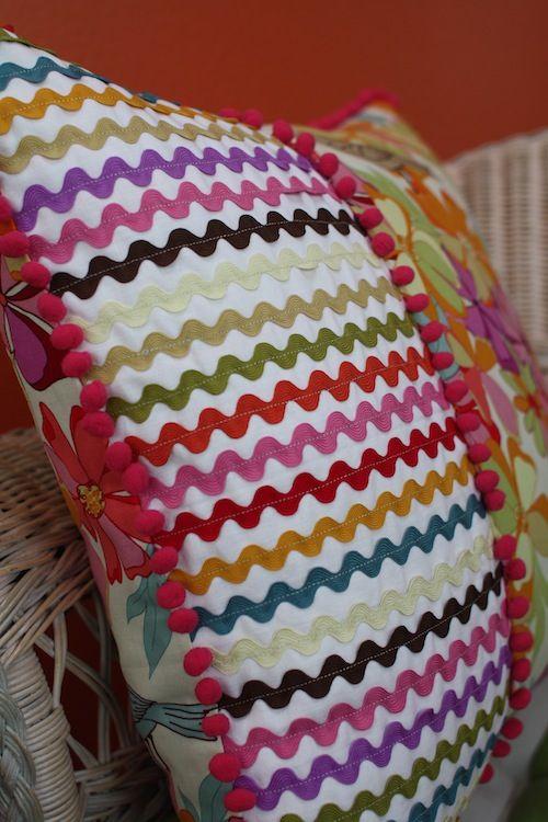 cute Ric Rac & Pom Pom Pillow http://colorchic.typepad.com/color-chic/2011/05/ric-rac-pom-poms.html