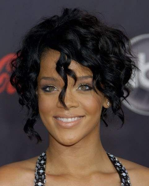 Rihanna Short Curly Hairstyles Rihanna Curly Short Ha...