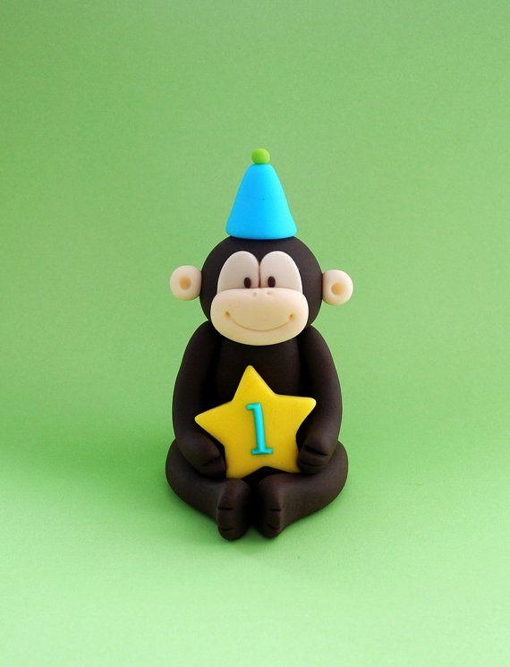 Fondant monkey topper. Fondant jungle animal. Fondant zoo animal cake topper for birthday / baby shower party