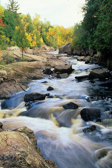 Ancient lava flows, deep gorges, and spectacular waterfalls make Copper Falls in Mellen one of Wisconsin's most scenic parks.