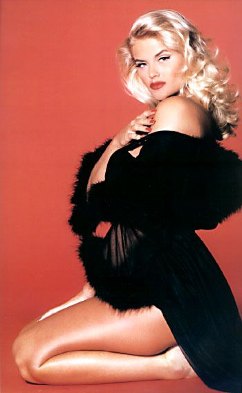 Anna Nicole Smith, yes a hooker just like Marilyn Monroe but there was something…