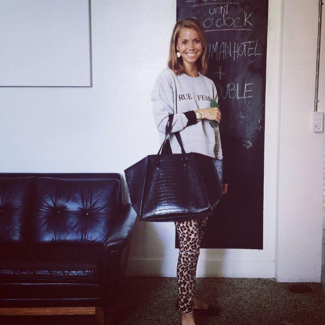 Our PR-girl Caroline is on her way to a meeting, wearing our Rita Logo Sweat! ✔️ #ruedefemme #womenswear #sweat #comfortable #cool #logo #chic #leopard #styleoftheday #newcollection #prefall2016 #effortless #easytowear #danishdesign #designoffice #cph #københavn #fashioninsta #copenhagen #shopper #bag #cute #sporty