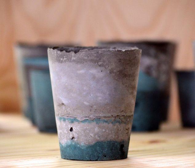 using latex paint to tint diy cement decor, concrete masonry, crafts, home decor