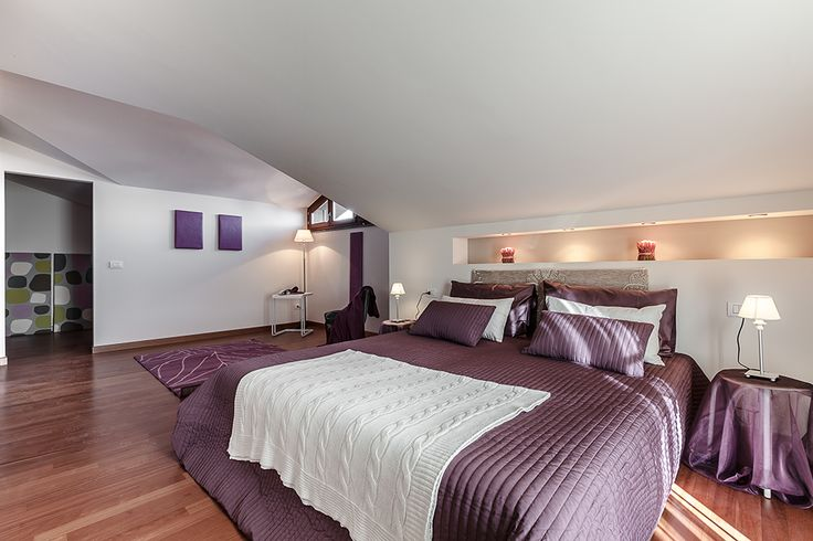 Camera da letto #bedroom #arredamento #interni #viola #purple